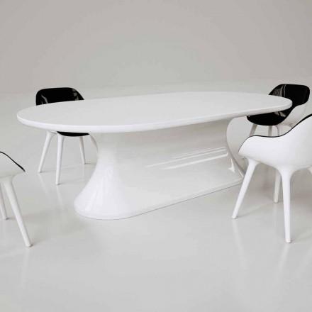 Moderní moderní designový stůl vyrobený v Itálii