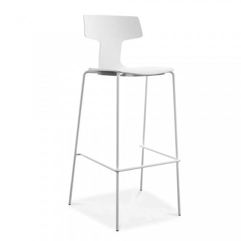 2 stohovatelné venkovní stoličky z kovu a polypropylenu vyrobené v Itálii Annice