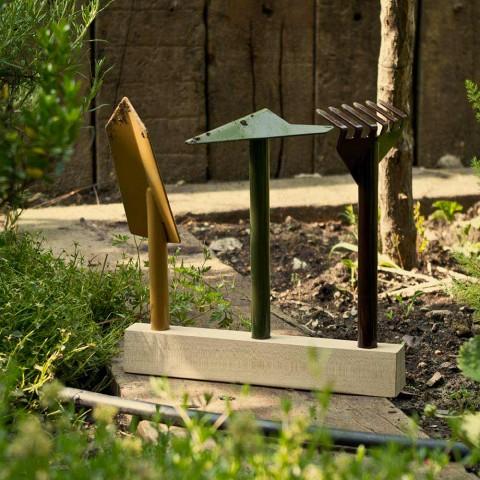 3 kovové zahradní nářadí s dřevěnou základnou vyrobené v Itálii - zahrada
