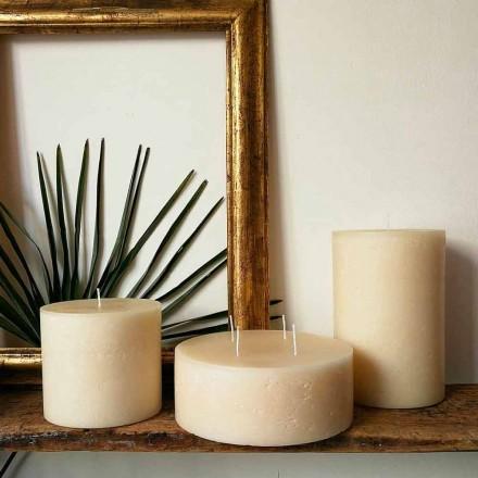 Složení 3 moderní kulaté voskové svíčky vyrobené v Itálii - Candie