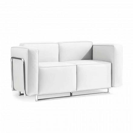 Sofa se dvěma moderními místech v bílé faux kožené a chromové díly křídlovku
