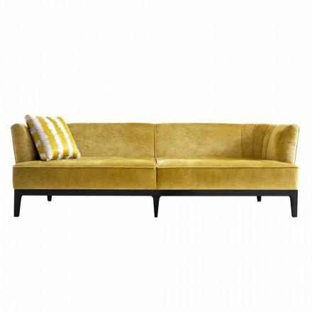 Designová pohovka čalouněná v bukovém dřevě Grilli Kipling z Itálie