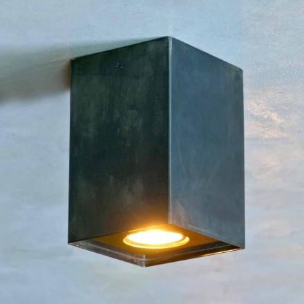 Kubická lampa z černého železa s matnými svary vyrobená v Itálii - Cubino