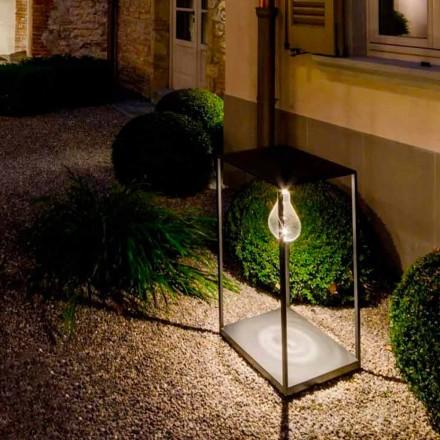 Ručně vyrobená železná venkovní lampa s integrovanou LED vyrobenou v Itálii - Cubola