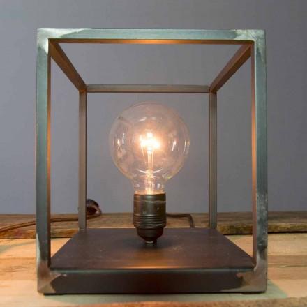 Stolní lampa s řemeslnou železnou strukturou vyrobená v Itálii - Cubola