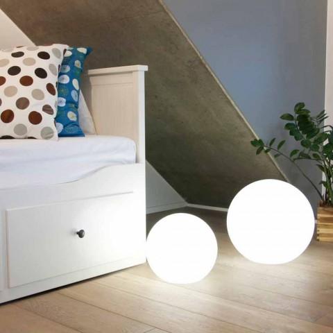 Barevná moderní designová kulová stojací lampa, různé velikosti - Globostar