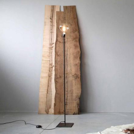 Ručně vyráběná stojací lampa s černou železnou strukturou vyrobená v Itálii - jednoduchá