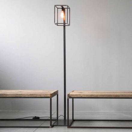 Stojací lampa s černou železnou strukturou Artisan vyrobená v Itálii - Cubola