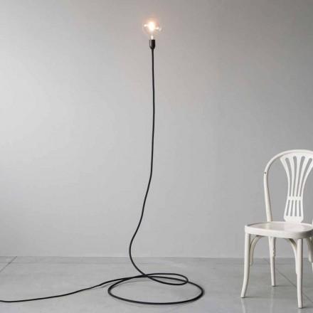 Moderní stojací lampa z ručně vyrobené mědi a bavlny vyrobené v Itálii - Guapa