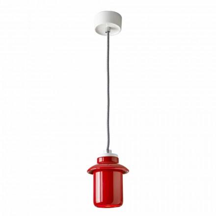 Konstrukční lampa zavěšena v červené keramice vyrobené v Itálii