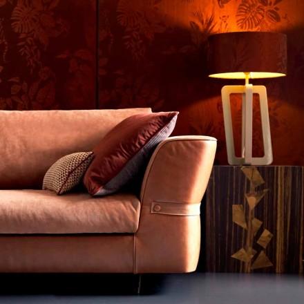 Stolní lampa v masivním lakovaném dřevě Grilli Barnaby vyráběla z Itálie