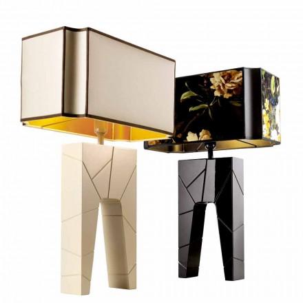Grilli Zarafa vyrobil z Itálie masivní dřevěné noční stolky / stolní lampu