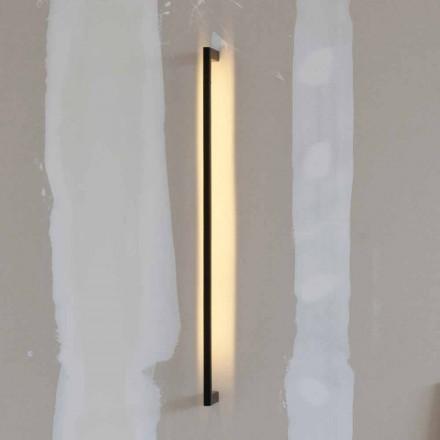 Ručně vyrobená moderní nástěnná lampa z černého železa vyrobená v Itálii - Pamplona