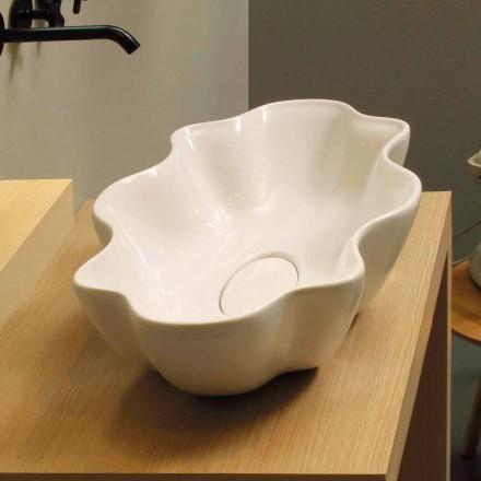 Moderní deska umývadla v bílém keramickém provedení v Itálii Cubo