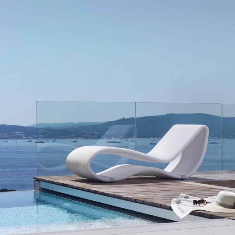 Bílá designová zahradní pohovka Breez 2.0 od Talenti