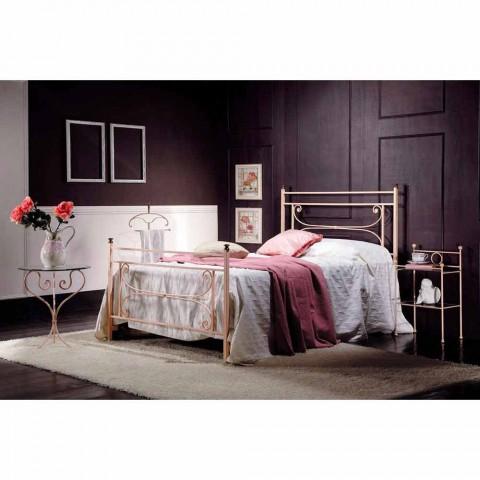 Full Bed a půl čtverečních kované železné kované Claudia