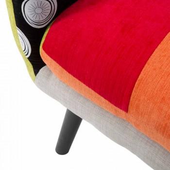 Barevné křeslo moderní design v textilu a dřeva - Koria