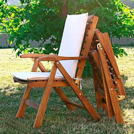 2. září skládací židle v zahradě teakového