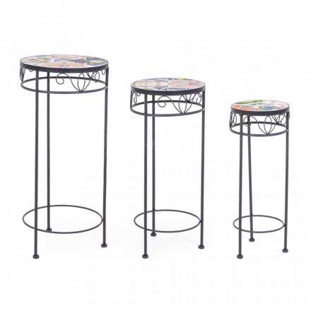 3 kulaté ocelové venkovní stoly s designovými dekoracemi - okouzlující