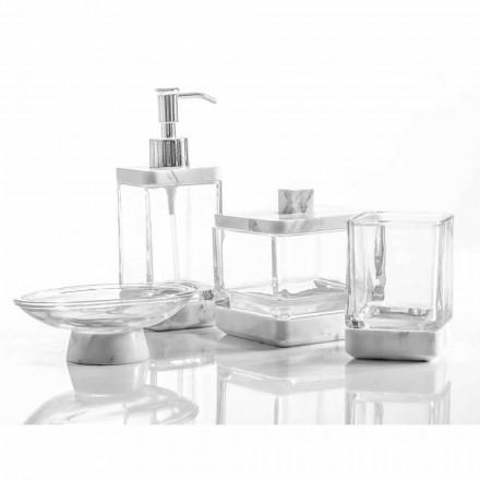 Moderní koupelnové doplňky v mramoru Calacatta a skle Carona