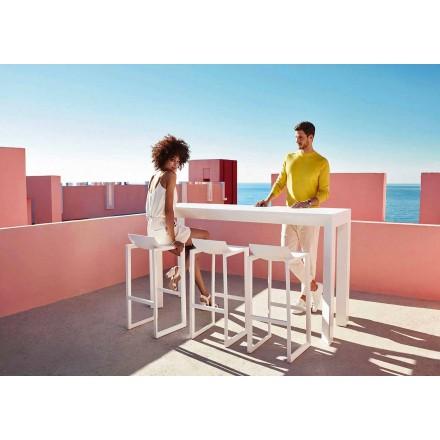 Nástěnná venkovní stolička od firmy Vondom, v polypropylenu se skleněným vláknem, 2 kusy