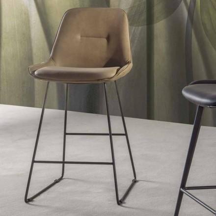 Moderní designová stolička s malovanými kovovými saněmi - Ines