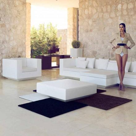 Zahradní čtvercový konferenční stolek Vela Vondom, moderní design z polyethylenu