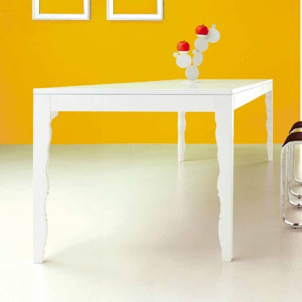 Roztažitelný stůl z bílého lakovaného dřeva na 2,5 m s otočenými nohami - koncept