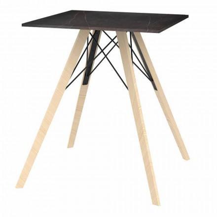 Designový jídelní stůl ze dřeva a čtverce Dekton 4 kusy - dřevo Faz od společnosti Vondom