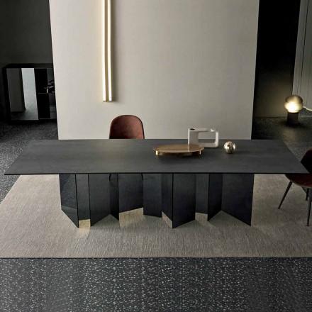 Designový jídelní stůl v keramické a uzené skleněné základně vyrobené v Itálii - náhodný