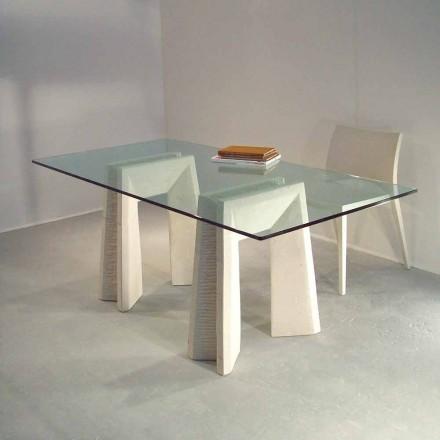 kamenný jídelní stůl a moderní design krystal Arianna