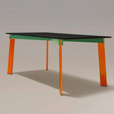 Moderní jídelní stůl s dřevěnou deskou a ocelovým podstavcem vyrobený v Itálii - Aronte