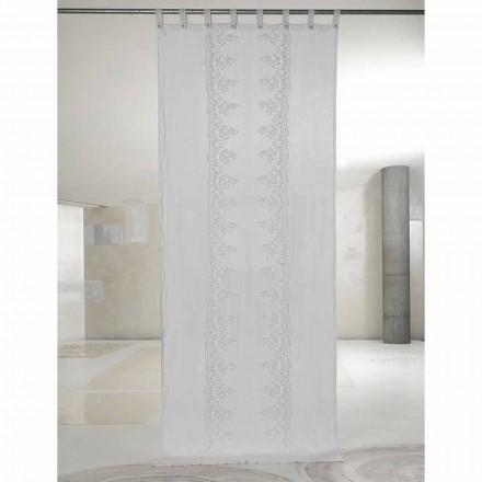 Bílý a lehký plátěný závěs s centrální krajkou, elegantní design - Geogeo