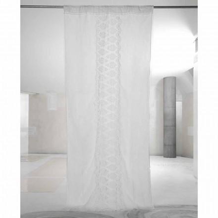 Bílý světlý plátěný závěs s organzou a výšivkou italského luxusu - Marinella