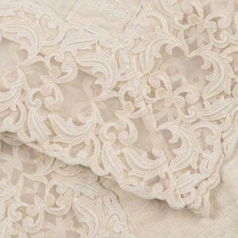 Béžový plátěný čtvercový ubrus s ručně vyrobenou luxusní krajkou Farnese - Kippel