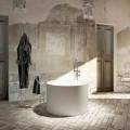 Volně stojící vana s kulatým designem vyrobená 100% v Itálii v Cremoně