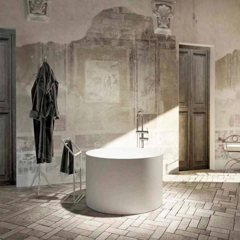 Kulatá volně stojící vana vyrobená v Itálii Cremona